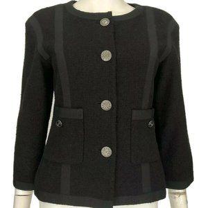 Chanel Logo Buttoned Jacket Collarless Blazer